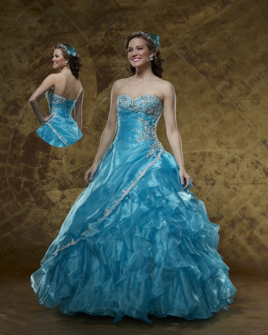Fame prom gown 5905