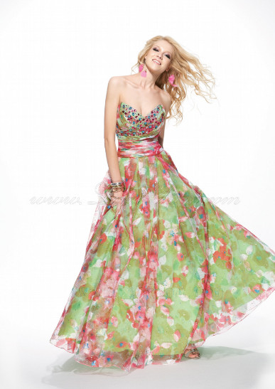 Spring color prom dress with print on organza from Lafee.